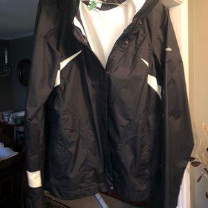 Women's Columbia coat w/zip in fleece liner